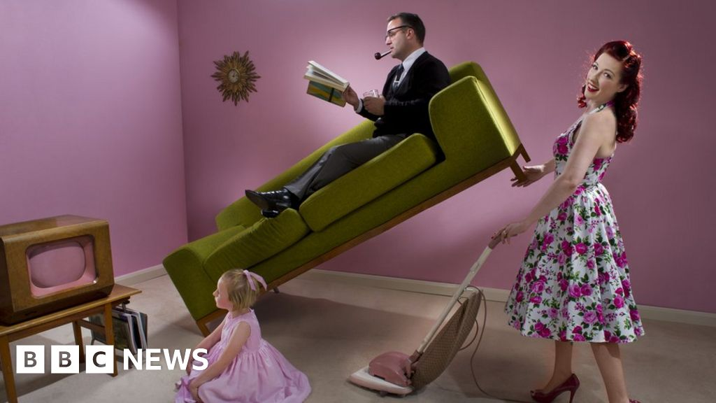 Gender stereotypes in adverts banned