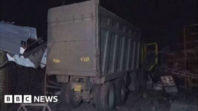 Surat accident: Truck crushes 16 migrant workers to death in India #world #BBC_News