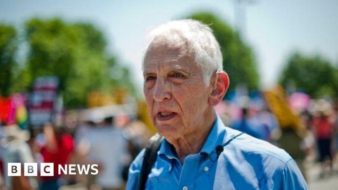 Daniel Ellsberg: The 90-year-old whistleblower tempting prosecution #world #BBC_News