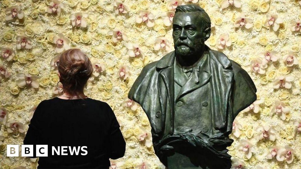 , Nobel economics prize awarded for real-life studies, The Evepost BBC News