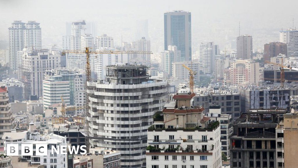 Senior Swiss diplomat in Iran 'dies in fall from high-rise building'
