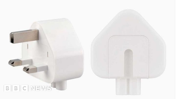 Apple recalls UK plugs over safety fears