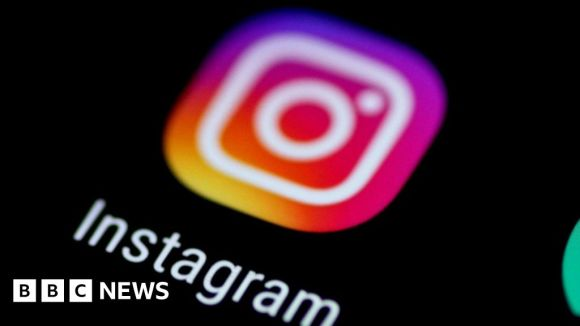 Instagram demands date of birth from new members