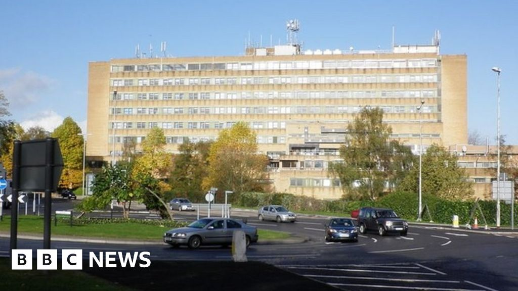 Yeovil District Hospital: Nurse struck off for letting child leave ward thumbnail