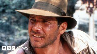 Harrison Ford injures shoulder on Indiana Jones 5 film set #world #BBC_News