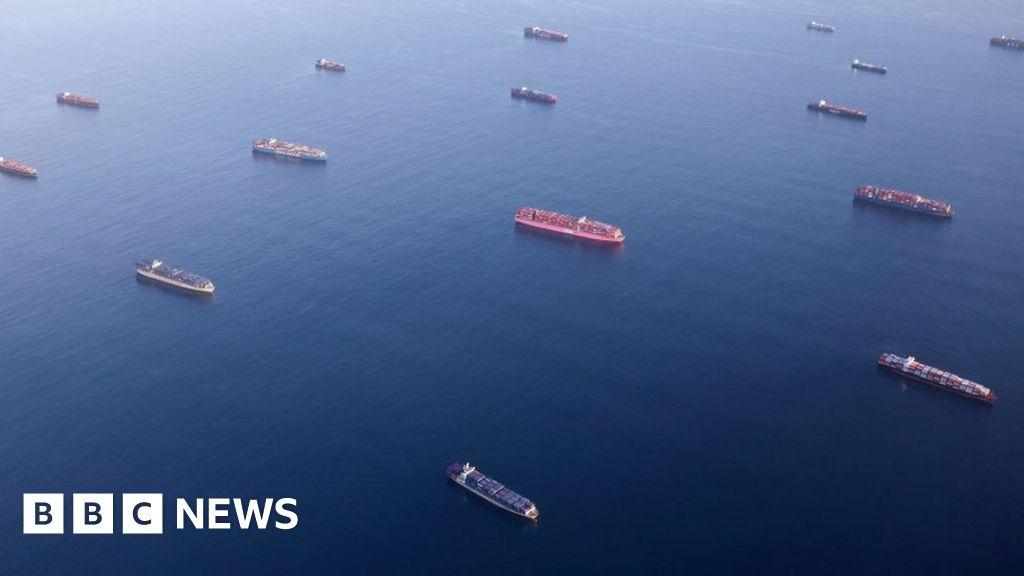 , LA port to open round the clock to tackle shipping queues, The Evepost BBC News