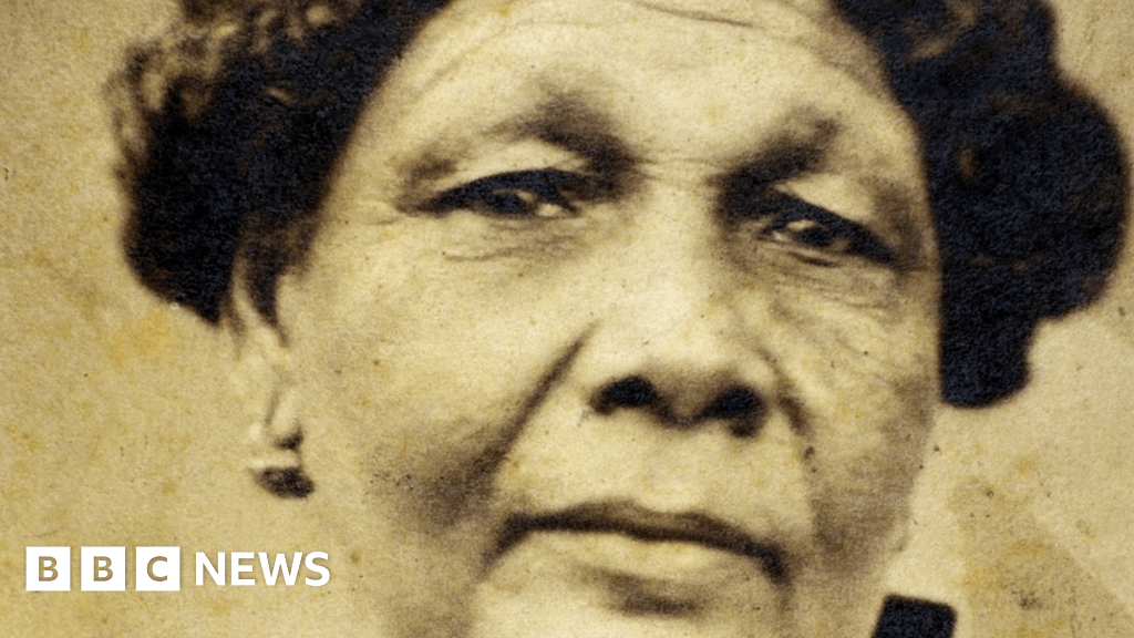 Coronavirus: Seacole hospital 'a tribute' to BAME NHS staff