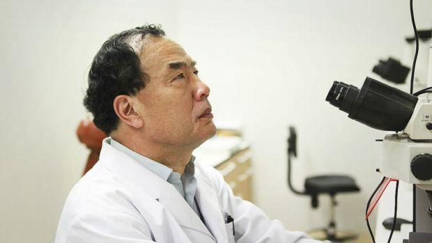 Virologist Professor Zhang Yongzhen