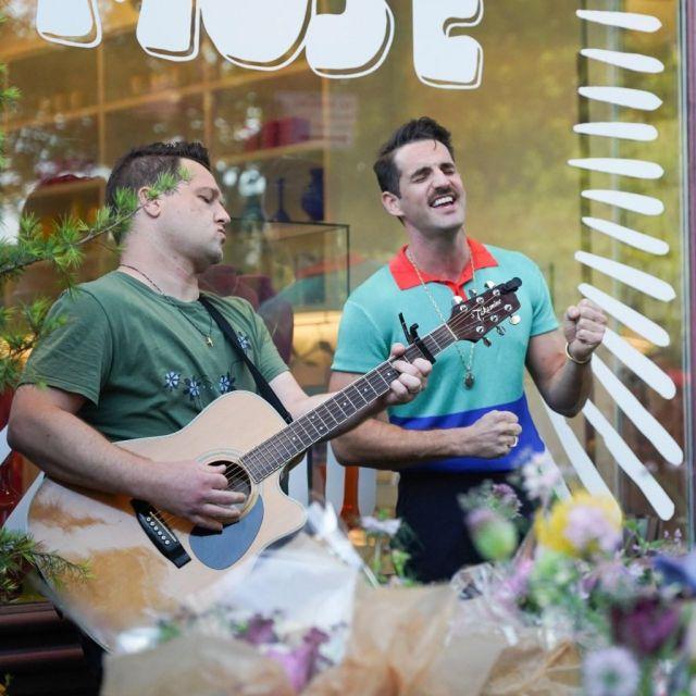 Musicians and Robbie Fairchild's bouquets