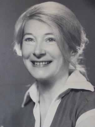 Anna-Teresa Tymieniecka in 1973