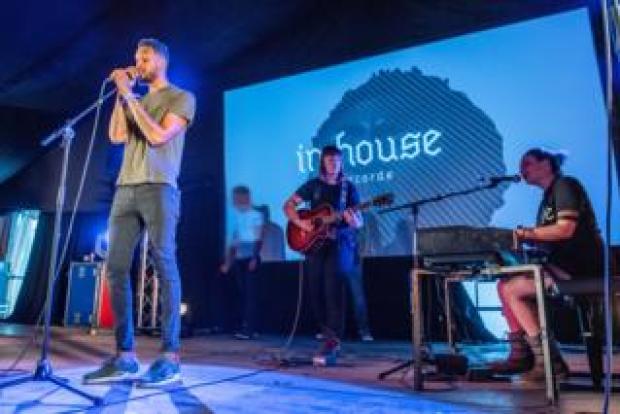InHouse graduates performing at Latitude