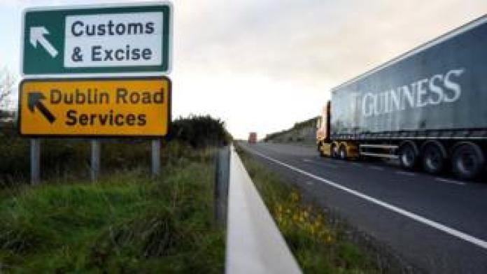Sign near the Irish border