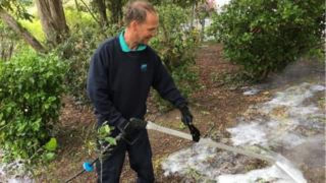 Foamstream being used by John Nethercott in Romilly Park, Barry