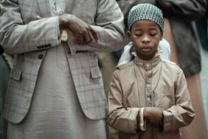 Kenyan Muslim worshippers attend Eid al-Fitr prayers to mark the end of the Muslim holy month of Ramadan on 4 June at the Jamia Mosque in Nairobi, Kenya.