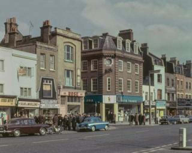 Whitechapel Road, 1965