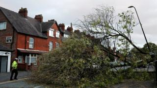 Thousands without power after Ophelia 6