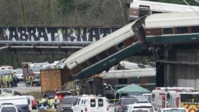 Un tren Amtrak de alta velocidad que descarriló.