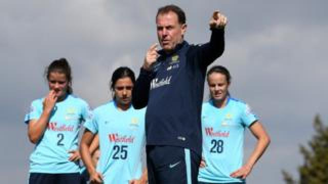 Alen Stajci at a training session with Australian women players