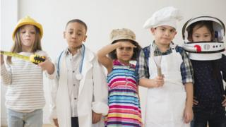 children-in-fancy-dress.