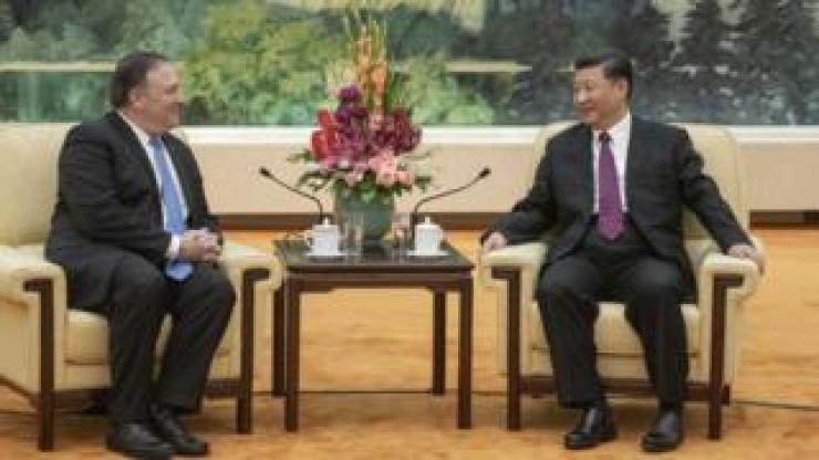 US Secretary of State Mike Pompeo and Chinese President Xi Jinping at a meeting in China