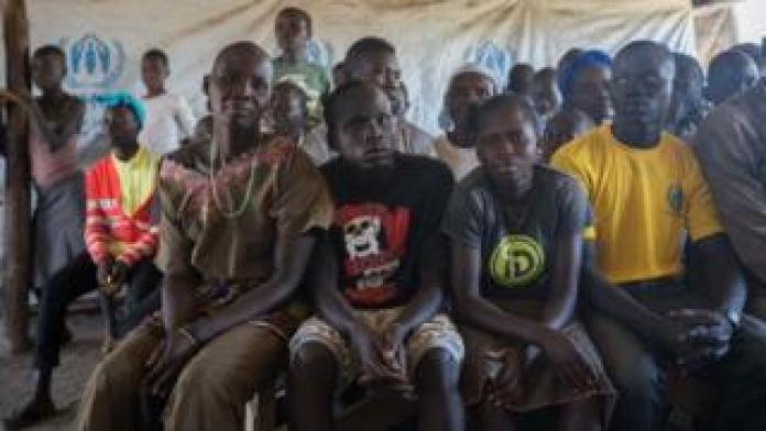 Des réfugiés sud-soudanais attendant d'être enregistrés au camp de Kuluba en Ouganda (illustration).