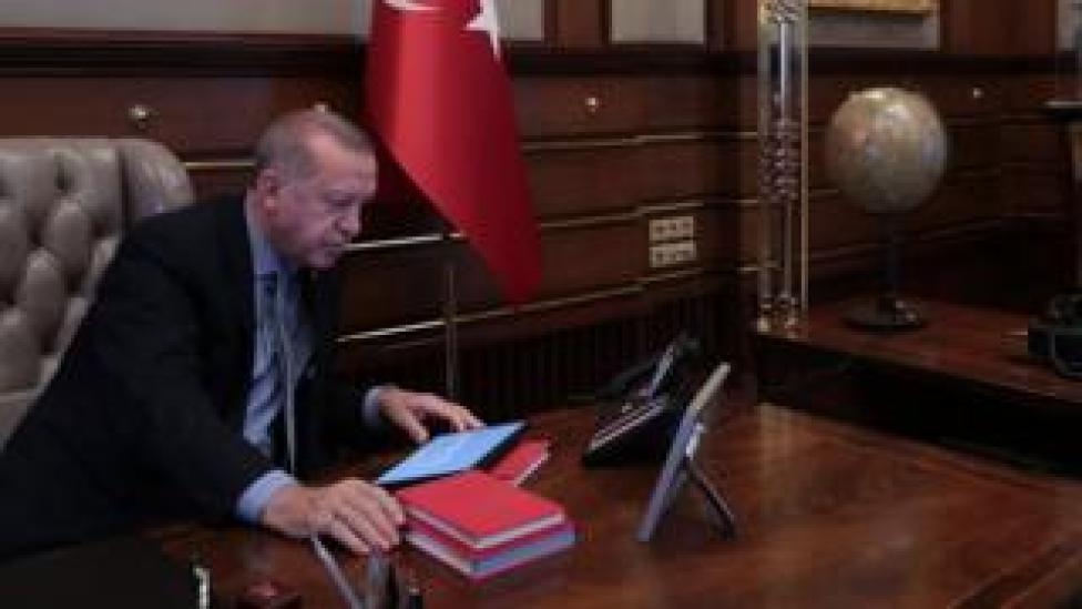 President Recep Tayyip Erdogan in his office on 9 October, the day Donald Trump's letter was sent