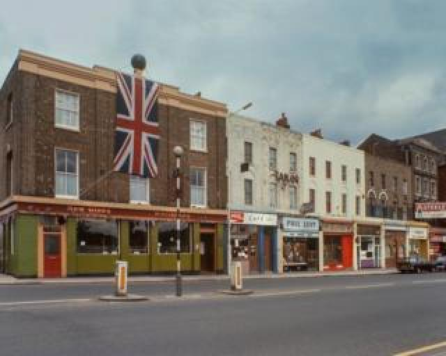 Mile End Road, 1977