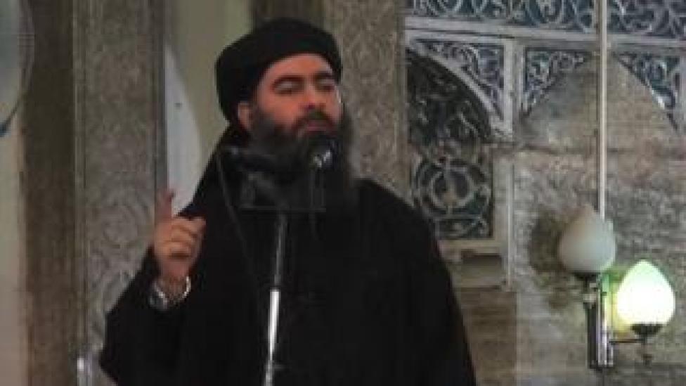 trump Baghdadi addressing crowd in Mosul, 2014