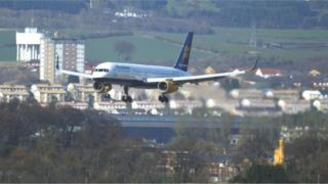 Aircraft landing at Glasgow Airport