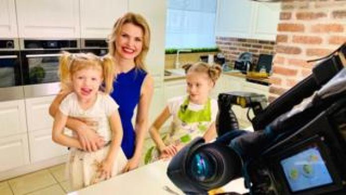 Tatyana Borodkina with her two daughters