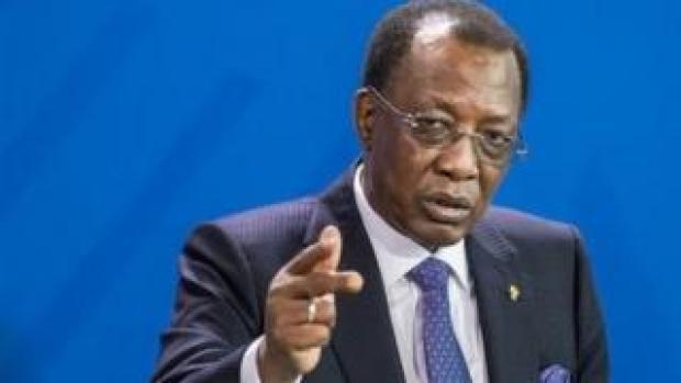 Idriss Déby Itno a fait sortir du gouvernement 18 ministres et a nommé huit nouvelles personnalités.