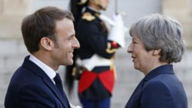 President Macron and PM May in Paris, 9 Apr 19