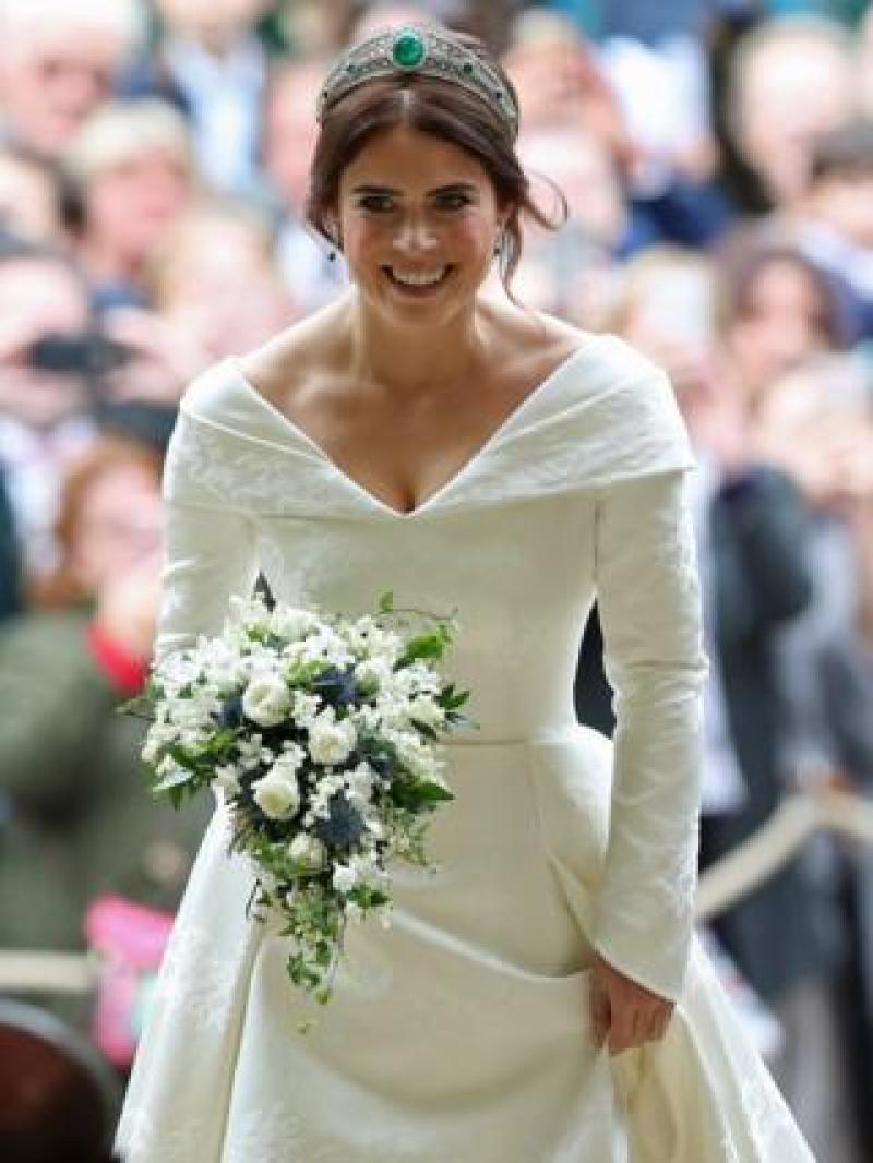 Princess Eugenie arrives for her wedding