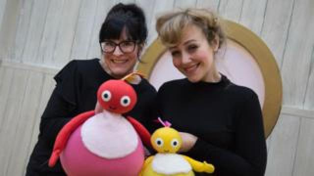 Left to right: Ruth Calkin and Lizzie Wort in rehearsals for Twirlywoos