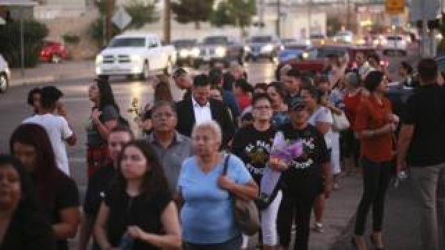 Crowds stand in line to pay their respects to Margie Reckard