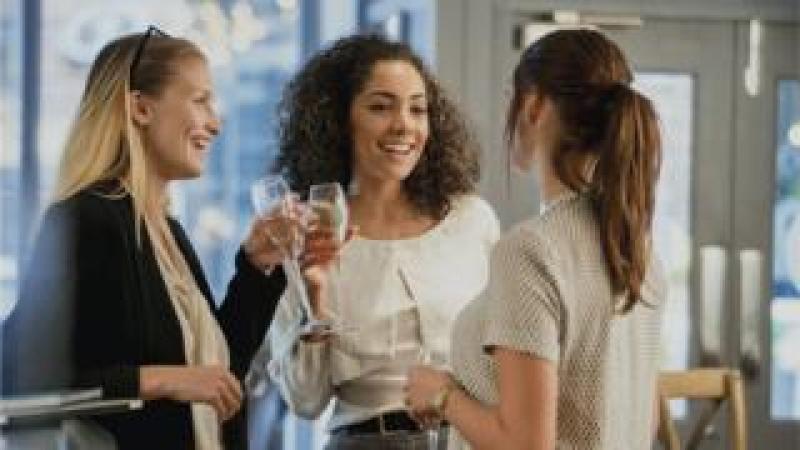 women drinking prosecco
