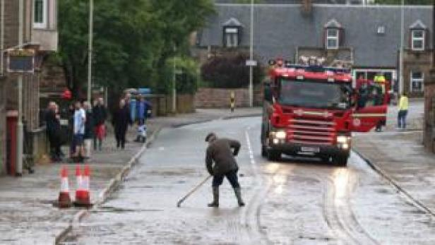 Clear up after flooding in Dingwall