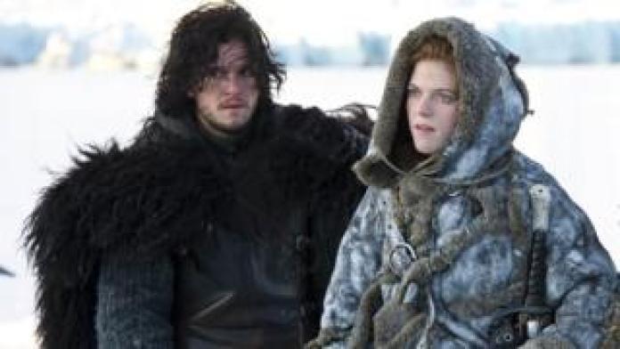 Kit Harington comme Jon Snow et Rose Leslie comme Ygritte dans Game of Thrones