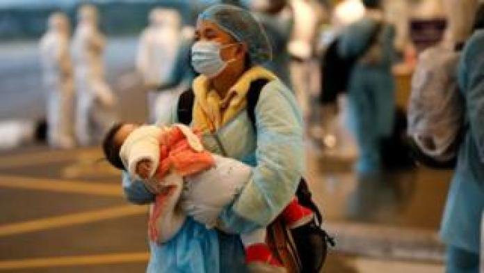 A Vietnamese woman was repatriated from Wuhan, where the new SARS-type coronavirus was born.