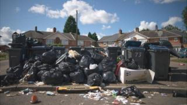 Uncollected waste in Alum Rock, Birmingham in 2017