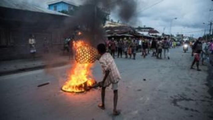 A fire in the middle of the street in the Androranga neighbourhood of Toamasina, a large port city on the east coast of Madagascar, on 3 June 2020.