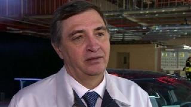 Dr Johan van Zyl