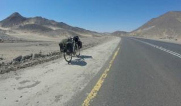 Rebecca Lowe's bike in the Sahara
