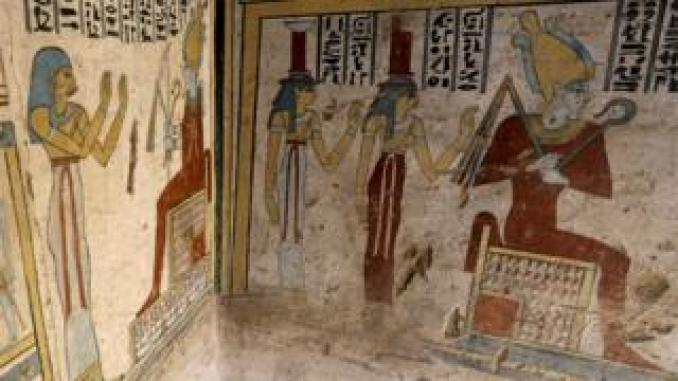Preserved paintings and hieroglyphics depict Tutu and his workers
