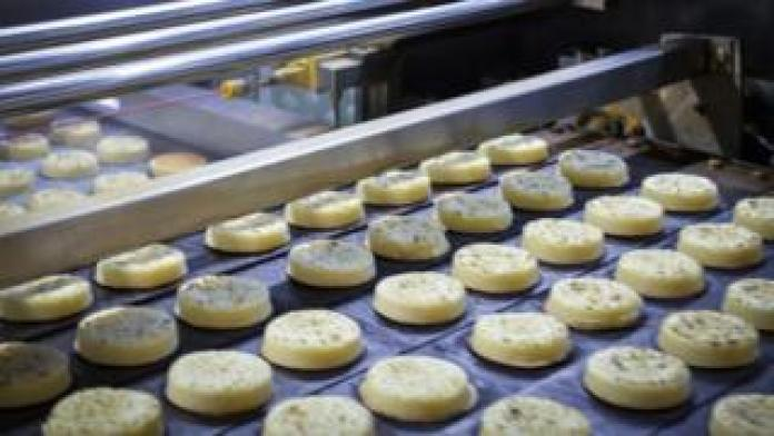 CO2 Shortage No Crumbs Of Comfort As Cakes Are Affected