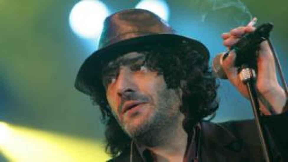NEWS Rachid Taha on stage in 2007
