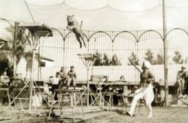 Damoo Dhotre performing at a circus