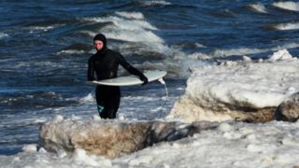 Surfer, 17 Feb 19