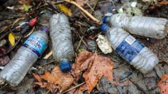 Plastic, River Thames
