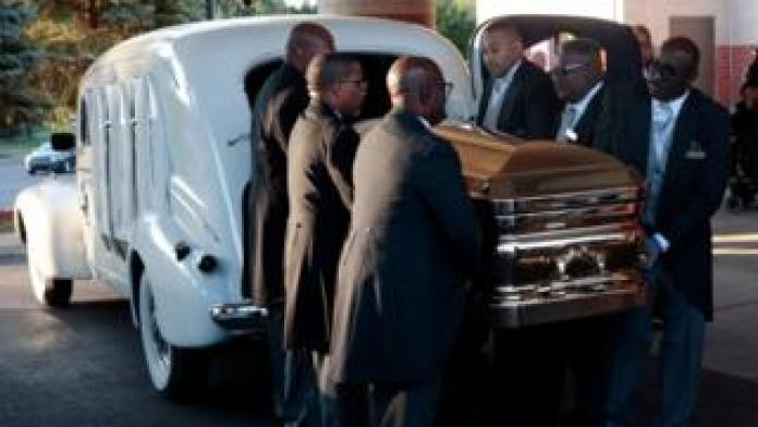 Aretha Franklin's casket arriving ahead of her funeral
